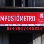 Governo insaciável já arrecadou este ano R$ 900 bilhões de impostos e taxas