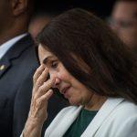 General sai em defesa de Regina Duarte